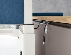 Kabelverlegung Detailansicht Schreibtischsystem