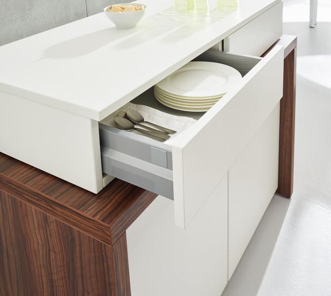 Tisch oder Sideboard Sometimes Detail Schublade