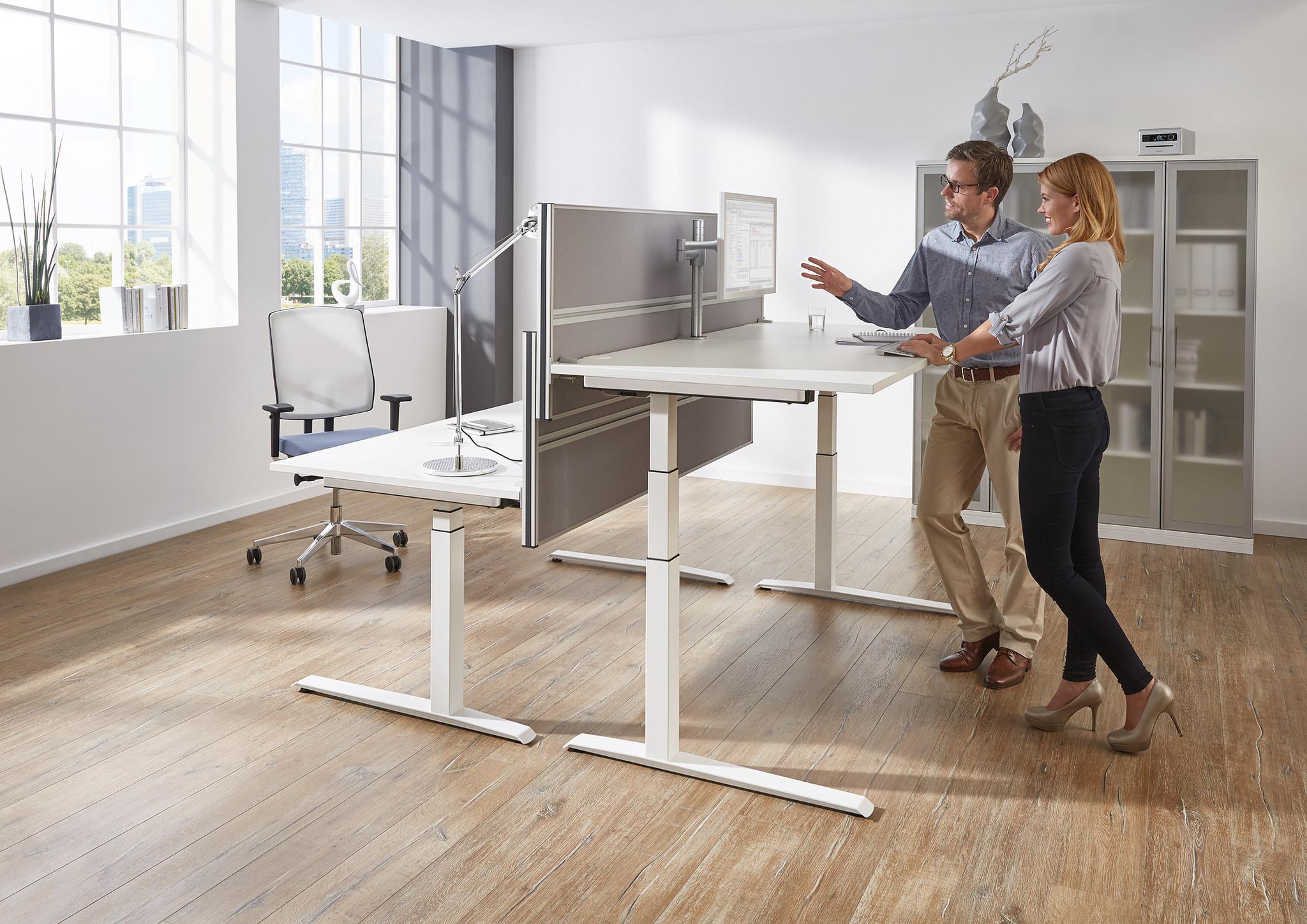 Sliderbild fm62 Schreibtischsysteme