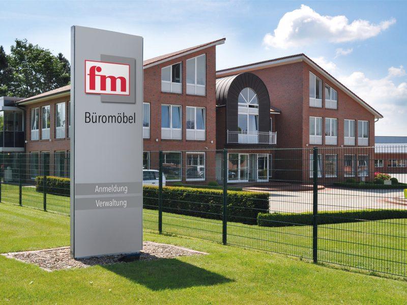 fm Büromöbel Frontansicht Gebäude